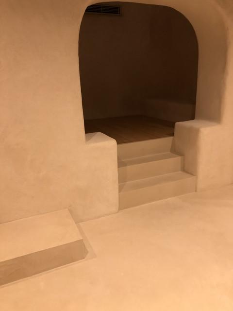 床と階段モールテックス仕上げ
